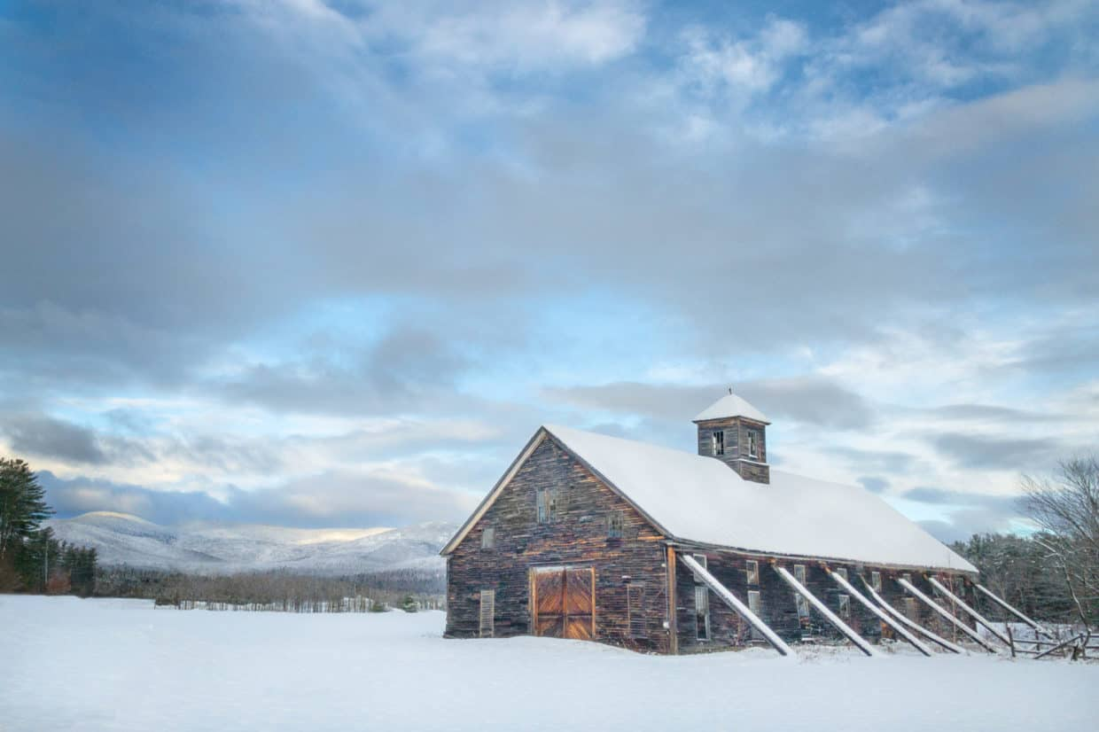 Stonetree Creative - Barn in snow in Maine